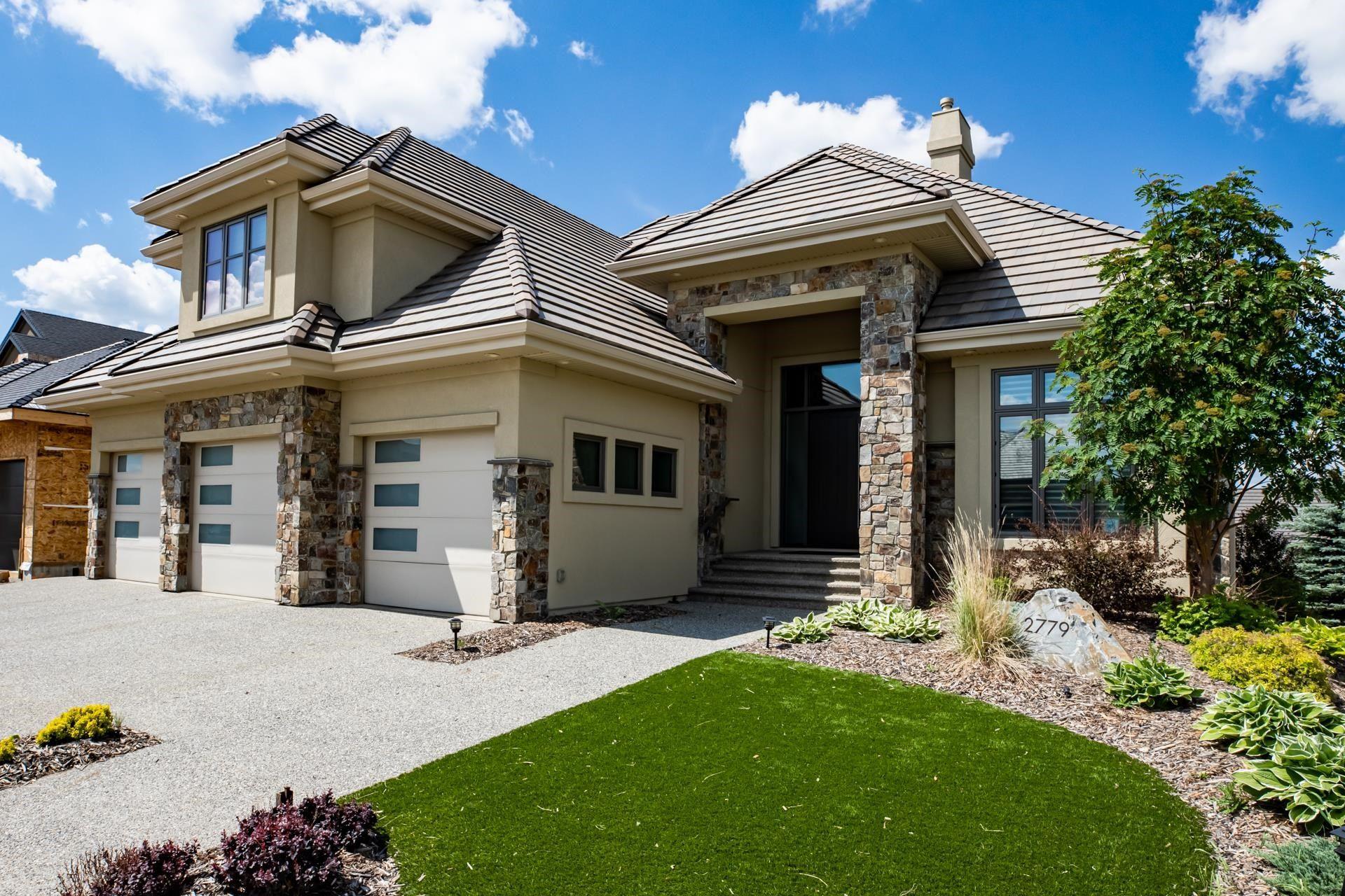 Main Photo: 2779 WHEATON Drive in Edmonton: Zone 56 House for sale : MLS®# E4263353