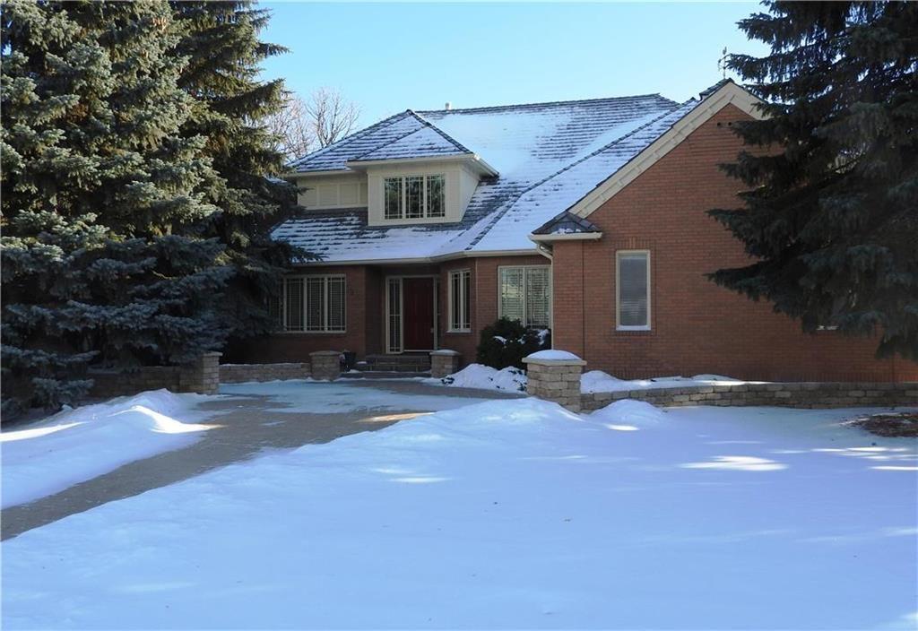 Main Photo: 27 Kerslake Place in Winnipeg: Tuxedo Residential for sale (1E)  : MLS®# 202000359