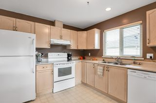 Photo 2: 31 2055 Galerno Rd in : CR Willow Point Row/Townhouse for sale (Campbell River)  : MLS®# 869076