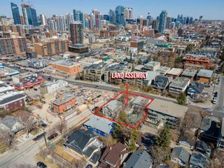 Photo 2: 2103 14 Street SW in Calgary: Bankview Detached for sale : MLS®# A1098935