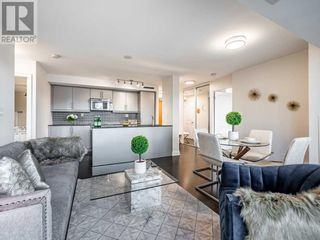 Main Photo: #322 -1 BEDFORD RD in Toronto: Condo for sale : MLS®# C5379377
