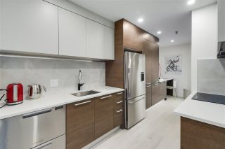 "Photo 9: F7 1100 W 6TH Avenue in Vancouver: Fairview VW Townhouse for sale in ""Fairview Place"" (Vancouver West)  : MLS®# R2522475"
