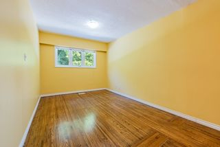 Photo 13: 4407 WILDWOOD Crescent in Burnaby: Garden Village House for sale (Burnaby South)  : MLS®# R2394907