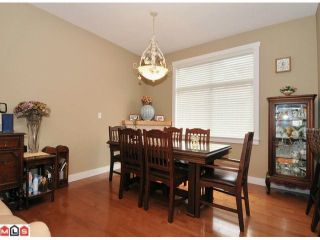 """Photo 5: 20 15255 36TH Avenue in Surrey: Morgan Creek Townhouse for sale in """"Ferngrove"""" (South Surrey White Rock)  : MLS®# F1017006"""