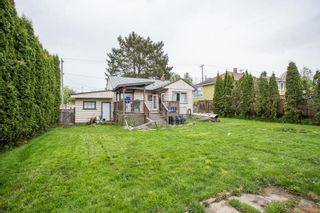 Photo 1: 17846 60 Avenue in Surrey: Cloverdale BC House for sale (Cloverdale)  : MLS®# R2575698