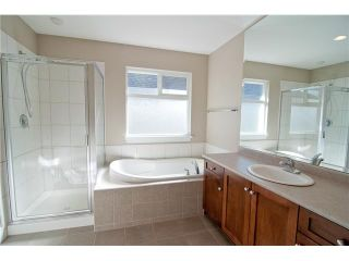 """Photo 6: 11253 CREEKSIDE Street in Maple Ridge: Cottonwood MR House for sale in """"BLUEBERRY HILL"""" : MLS®# V992122"""