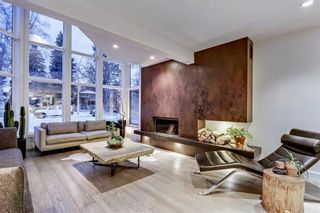 Photo 4: 3020 5 Street SW in Calgary: Rideau Park Detached for sale : MLS®# A1103255