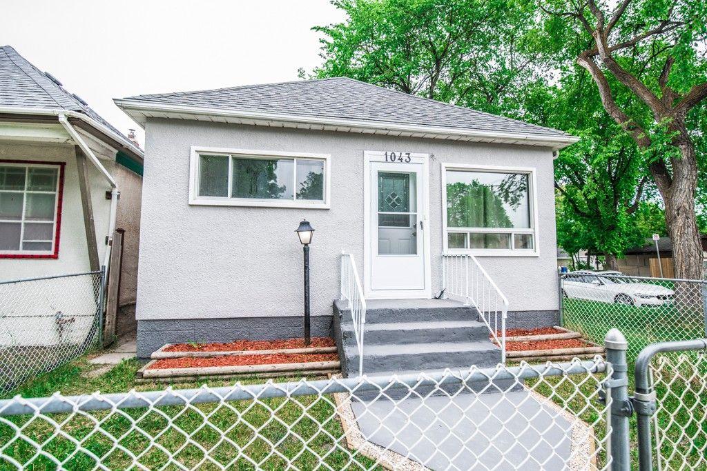 Main Photo: 1043 Alfred Avenue in Winnipeg: Single Family Detached for sale : MLS®# 1713613