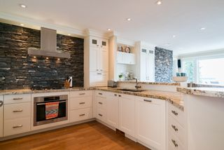 Photo 20:  in White Rock: Home for sale : MLS®# R2166390