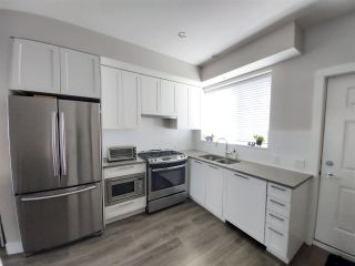 """Photo 3: 8 5122 CANADA Way in Burnaby: Burnaby Lake Townhouse for sale in """"SAVILE ROW"""" (Burnaby South)  : MLS®# R2561631"""