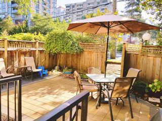 """Photo 1: 118 737 HAMILTON Street in New Westminster: Uptown NW Condo for sale in """"THE COURTYARDS"""" : MLS®# R2209742"""