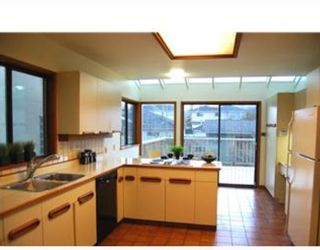 Photo 3: 328 W 23RD Avenue in Vancouver: Cambie House for sale (Vancouver West)  : MLS®# V703282