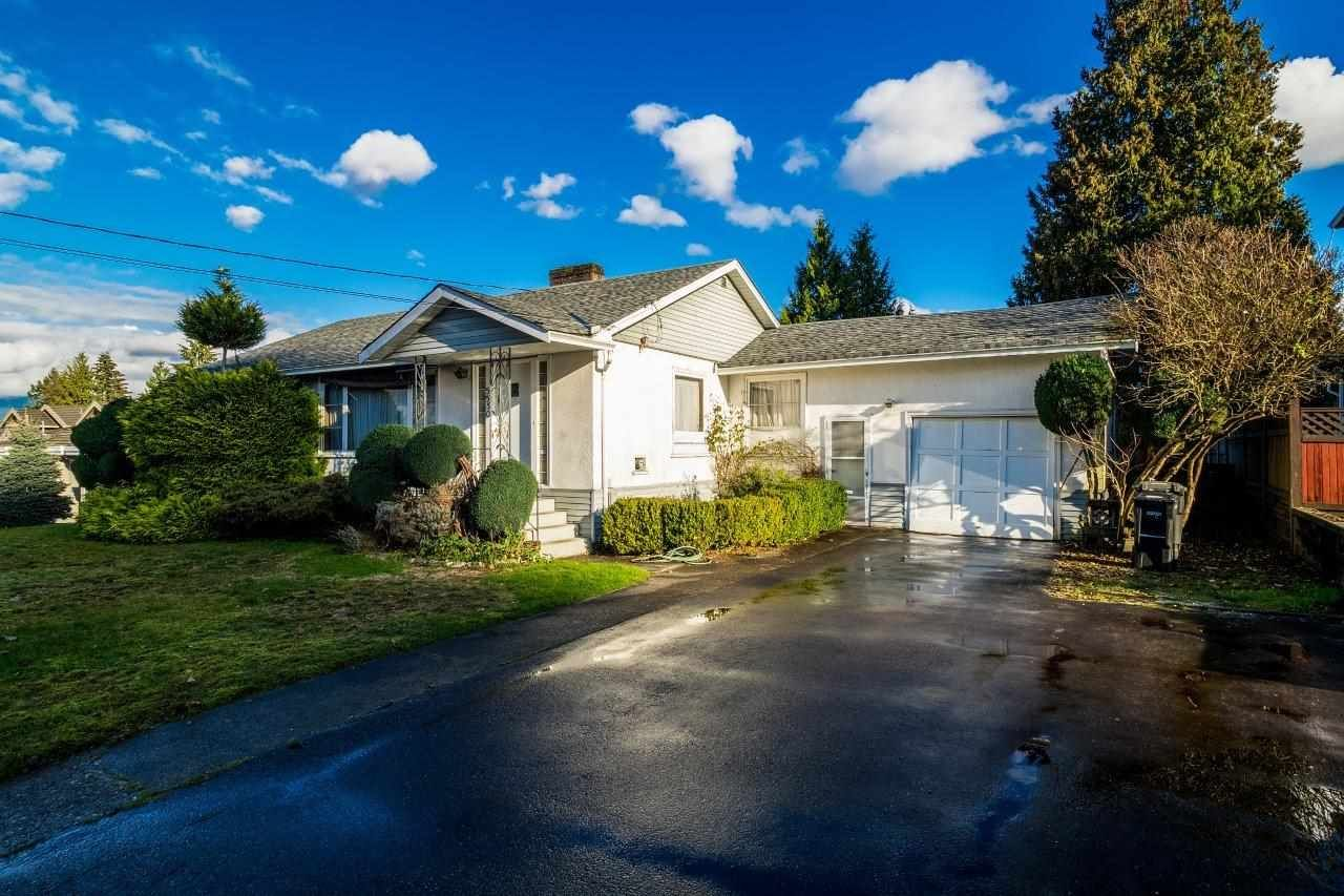 Main Photo: 5550 HALLEY Avenue in Burnaby: Central Park BS House for sale (Burnaby South)  : MLS®# R2125611