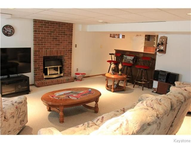 Photo 11: Photos: 825 Kilkenny Drive in Winnipeg: Fort Richmond Residential for sale (1K)  : MLS®# 1623586