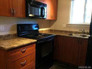 Photo 3: 202 663 Goldstream Ave in VICTORIA: La Fairway Condo for sale (Langford)  : MLS®# 738320