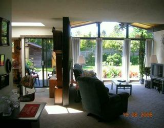 """Photo 2: 1163 BEECHWOOD CR in North Vancouver: Norgate House for sale in """"NORGATE"""" : MLS®# V607290"""