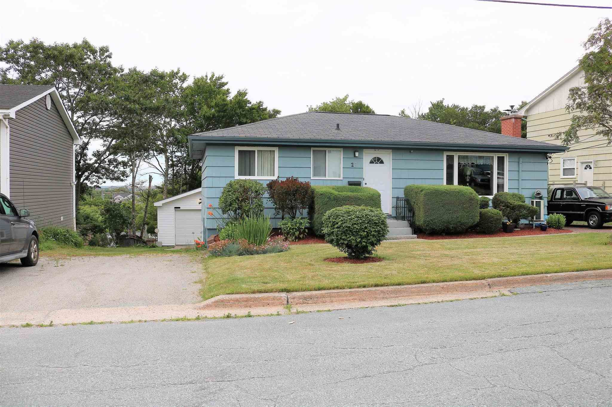 Main Photo: 27 Clearview Street in Spryfield: 7-Spryfield Residential for sale (Halifax-Dartmouth)  : MLS®# 202117872