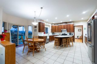 Photo 6: 17590 KENNEDY Road in Pitt Meadows: West Meadows House for sale : MLS®# R2524414