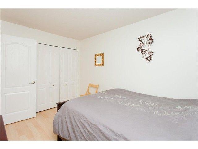 Photo 7: Photos: 104 3480 YARDLEY AVENUE in : Collingwood VE Condo for sale : MLS®# V1099525