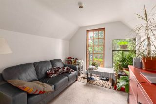 Photo 2: 33 W 19TH Avenue in Vancouver: Cambie House for sale (Vancouver West)  : MLS®# R2589888