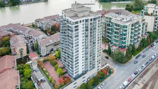 """Photo 31: 1705 1 RENAISSANCE Square in New Westminster: Quay Condo for sale in """"The Q"""" : MLS®# R2623606"""