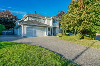 Photo 1: 16197 90A Avenue in Surrey: Fleetwood Tynehead House for sale : MLS®# R2617478