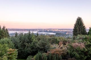 Photo 3: 1070 GROVELAND Road in West Vancouver: British Properties House for sale : MLS®# R2614484