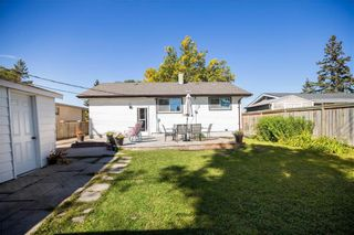 Photo 33: 161 Crestwood Crescent in Winnipeg: Windsor Park Residential for sale (2G)  : MLS®# 202023611
