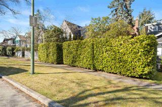 "Photo 3: 4215 W 13TH Avenue in Vancouver: Point Grey House for sale in ""POINT GREY"" (Vancouver West)  : MLS®# R2555554"