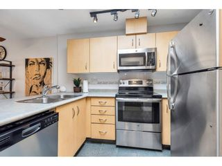 """Photo 4: 325 332 LONSDALE Avenue in North Vancouver: Lower Lonsdale Condo for sale in """"Calypso"""" : MLS®# R2625406"""