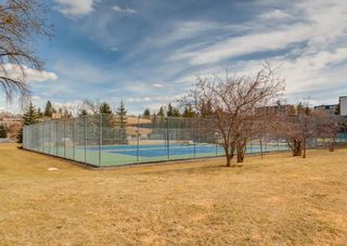 Photo 2: 2401 17 Street SW in Calgary: Bankview Row/Townhouse for sale : MLS®# A1087305