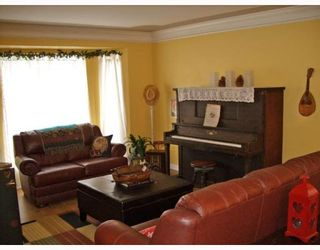 """Photo 2: 19574 SOMERSET Drive in Pitt_Meadows: Mid Meadows House for sale in """"SOMERSET"""" (Pitt Meadows)  : MLS®# V748895"""