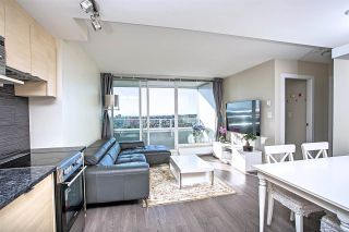 "Photo 4: 2704 488 SW MARINE Drive in Vancouver: Marpole Condo for sale in ""MARINE GATEWAY"" (Vancouver West)  : MLS®# R2211706"