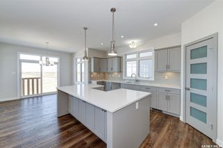 Photo 2: 554 Burgess Crescent in Saskatoon: Rosewood Residential for sale : MLS®# SK851368