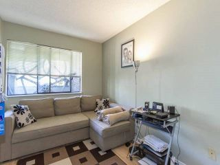"""Photo 9: 306 9880 MANCHESTER Drive in Burnaby: Cariboo Condo for sale in """"BROOKSIDE CRT"""" (Burnaby North)  : MLS®# R2103223"""