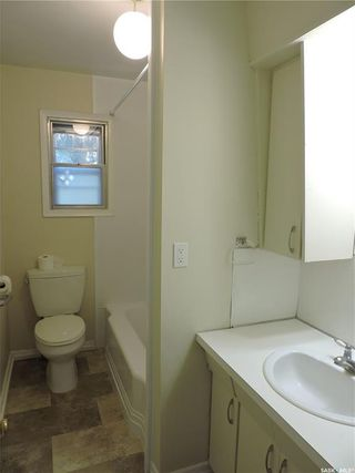 Photo 7: 253 2nd Avenue North in Yorkton: Central YO Residential for sale : MLS®# SK819603