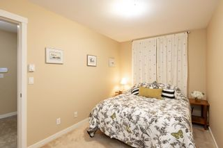 """Photo 33: 13 16789 60 Avenue in Surrey: Cloverdale BC Townhouse for sale in """"LAREDO"""" (Cloverdale)  : MLS®# R2623351"""