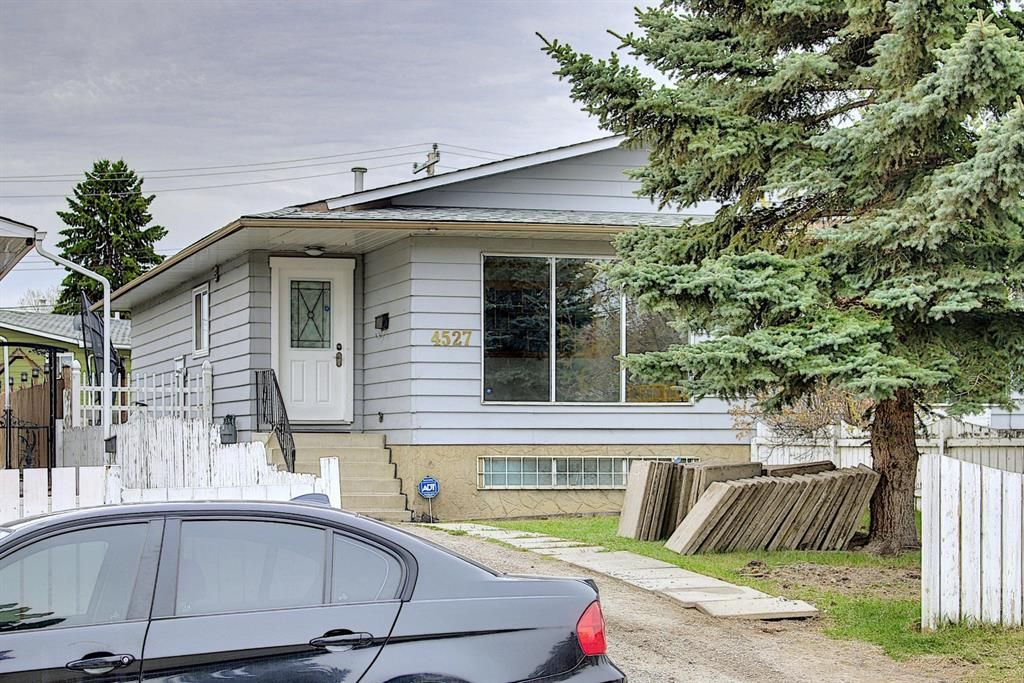 Main Photo: 4527 26 Avenue SE in Calgary: Dover Semi Detached for sale : MLS®# A1105139