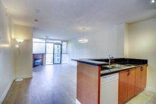"""Photo 6: 710 2763 CHANDLERY Place in Vancouver: Fraserview VE Condo for sale in """"RIVERDANCE"""" (Vancouver East)  : MLS®# R2243986"""