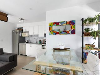 """Photo 11: 312 688 E 16TH Avenue in Vancouver: Fraser VE Condo for sale in """"Vintage Eastside"""" (Vancouver East)  : MLS®# R2510286"""