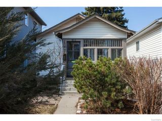 Photo 37: 911 F Avenue North in Saskatoon: Caswell Hill Single Family Dwelling for sale (Saskatoon Area 04)  : MLS®# 604471