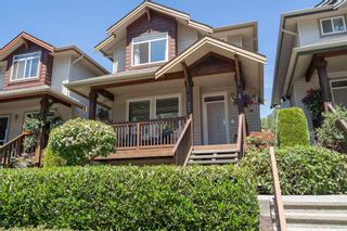 """Photo 1: 21 2381 ARGUE Street in Port Coquitlam: Citadel PQ House for sale in """"THE BOARDWALK"""" : MLS®# R2399249"""