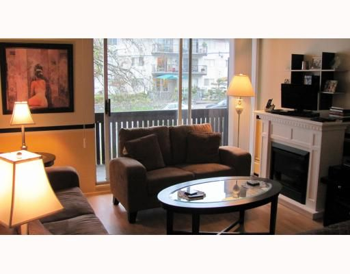 """Main Photo: 206 910 5TH Avenue in New Westminster: Uptown NW Condo for sale in """"GROSVENOR COURT"""" : MLS®# V799355"""