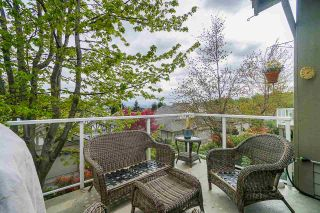 """Photo 37: 25 5221 OAKMOUNT Crescent in Burnaby: Oaklands Townhouse for sale in """"SEASONS BY THE LAKE"""" (Burnaby South)  : MLS®# R2573570"""
