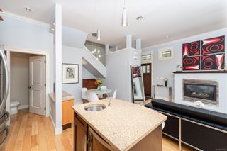 Photo 8: 3 209 Superior St in : Vi James Bay Row/Townhouse for sale (Victoria)  : MLS®# 877635