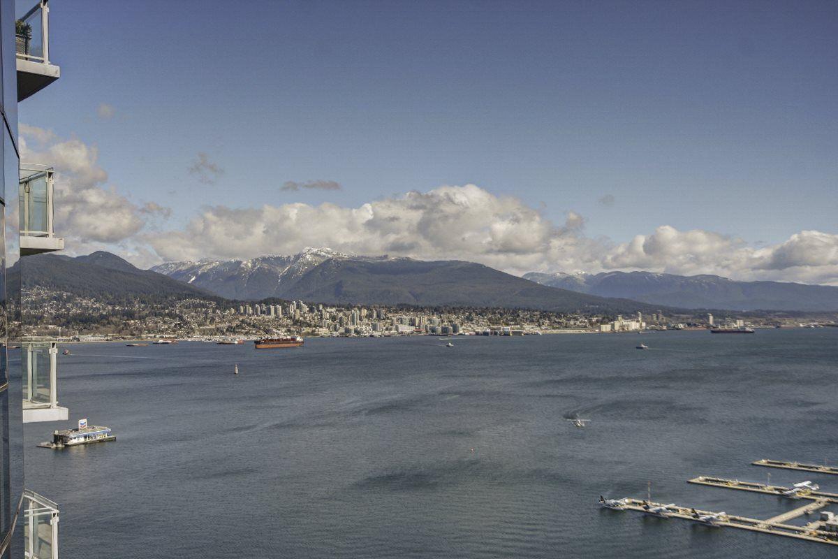 "Main Photo: 2603 1281 W CORDOVA Street in Vancouver: Coal Harbour Condo for sale in ""COAL HARBOUR"" (Vancouver West)  : MLS®# R2553936"