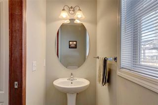 Photo 5: 155 CHAPALINA Mews SE in Calgary: Chaparral Detached for sale : MLS®# C4247438