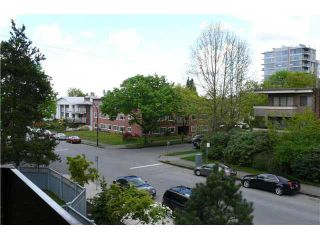 """Photo 8: 305 2885 SPRUCE Street in Vancouver: Fairview VW Condo  in """"FAIRVIEW GARDENS"""" (Vancouver West)  : MLS®# V1104941"""
