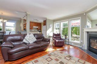 Photo 4: 19 3947 Cedar Hill Cross Rd in : SW West Saanich Row/Townhouse for sale (Victoria)  : MLS®# 877661