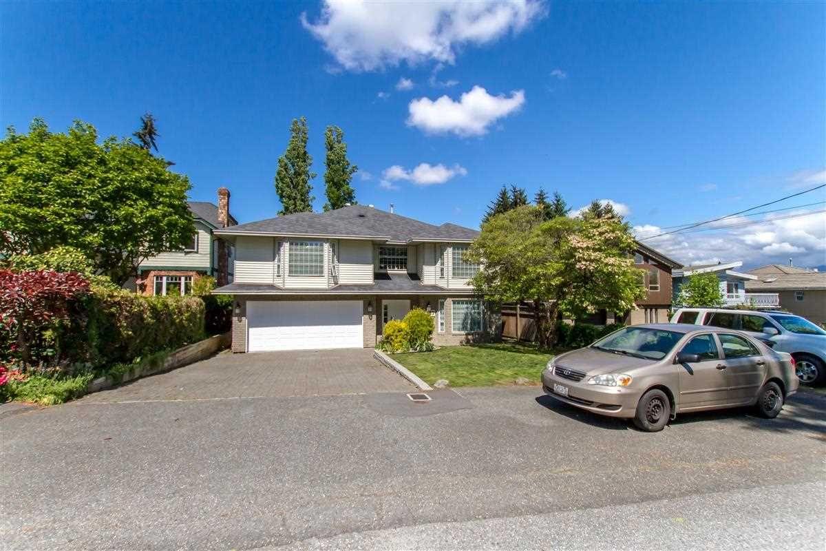 Main Photo: 7927 WEDGEWOOD Street in Burnaby: Burnaby Lake House for sale (Burnaby South)  : MLS®# R2458640